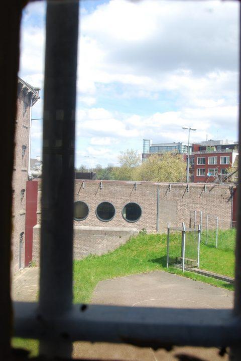 Maatschappij I: de gevangenis en haar bewoners